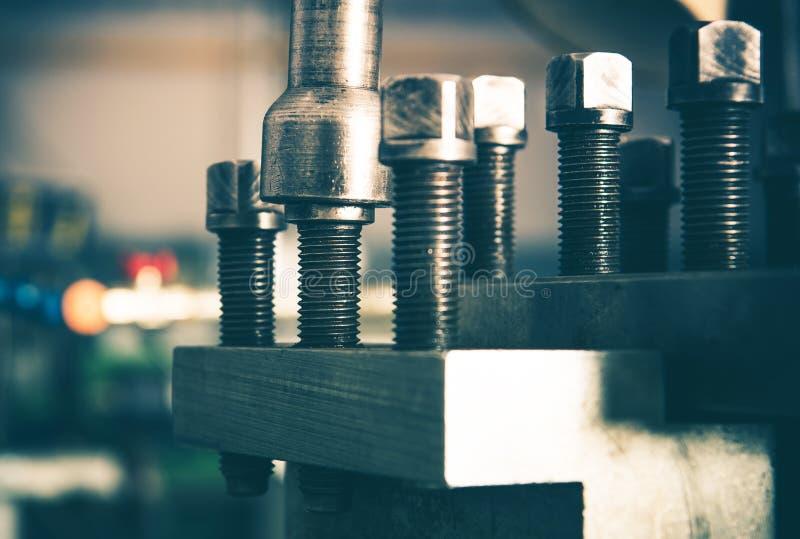 Industrielle Grad-Bolzen stockbild