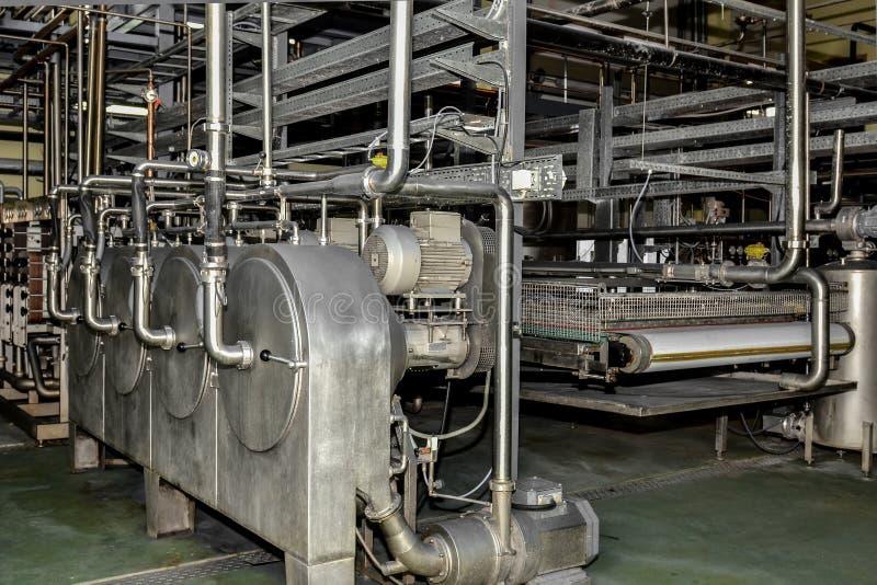 Industrielle Industrieproduktion der Kartoffelstärke Verarbeitungsanlage stockbilder