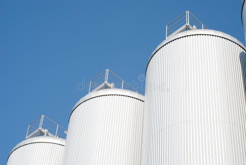 Industrieller Landwirtschafts-Silo lizenzfreie stockfotografie