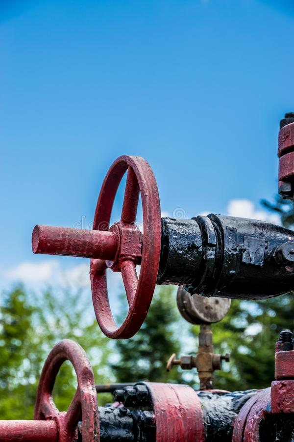 Industrielles Ventil auf dem Rohr lizenzfreie stockfotografie
