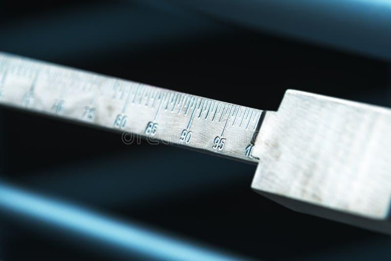Industriellt väg skaladetaljen arkivbilder