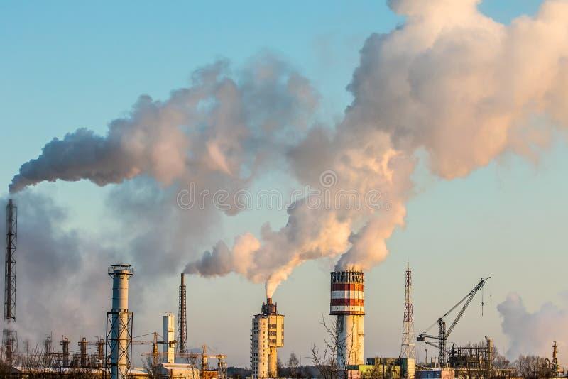 IndustrieLuftverschmutzung lizenzfreie stockfotografie