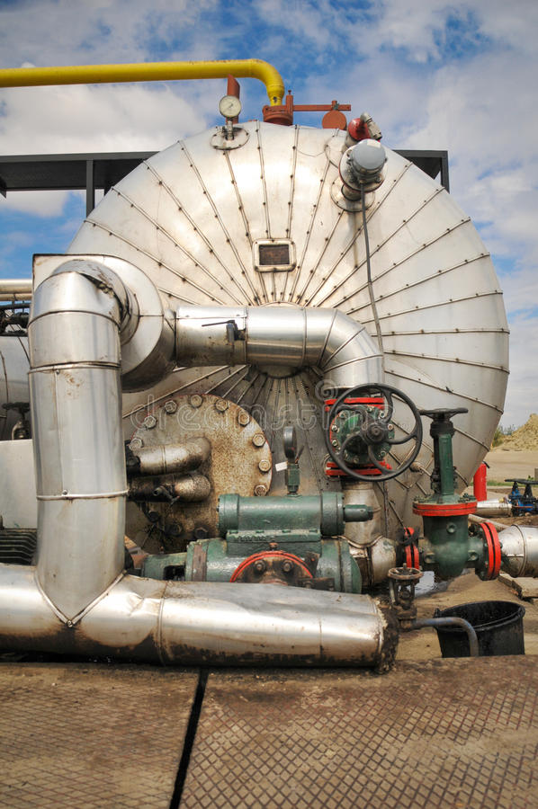 Download Industries Of Oil Refining And Gas Stock Photo - Image: 28546660