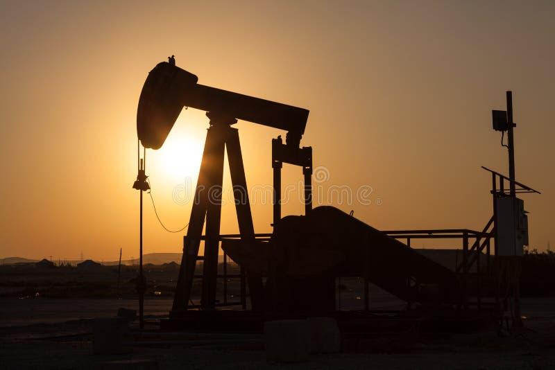industrioljepump russia Oljeindustri equipment royaltyfri fotografi