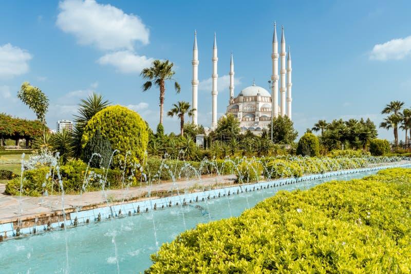 Indyczy Adana Sabanci centrali meczet fotografia royalty free