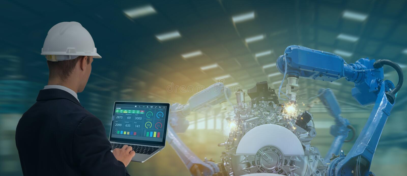 Ineenindustrie 4. 0 concept, industrieel ingenieur die software gebruikt die, virtuele werkelijkheid in tablet wordt uitgebreid aa stock afbeeldingen