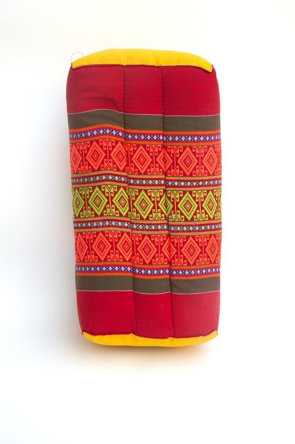 Infödd thailändsk stilkudde för tradition royaltyfria foton