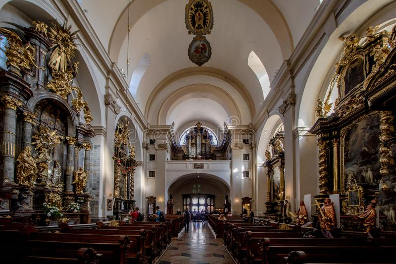 Infante Jesus de Praga na igreja carmelita Discalced de nossa senhora Victorious, Praga, República Checa foto de stock