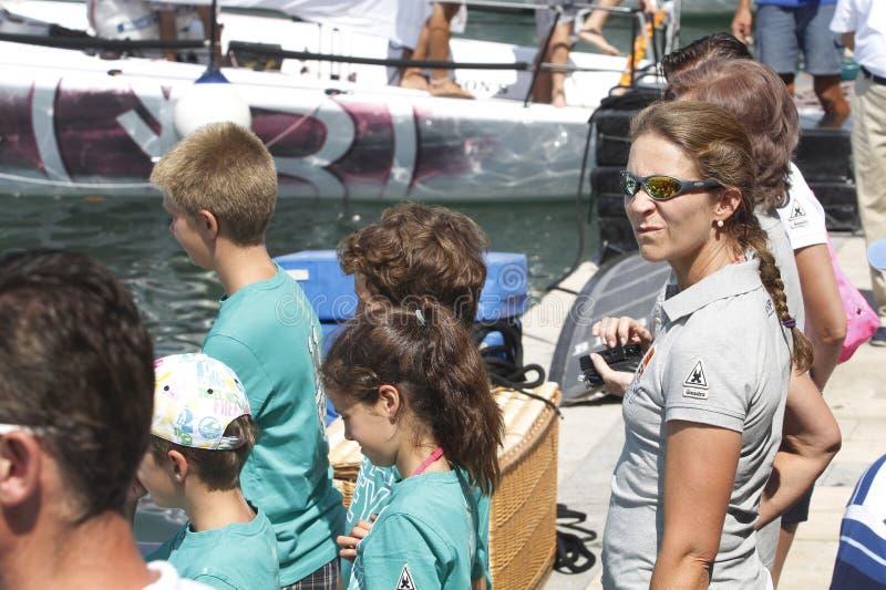 Infantki Elena z synami podczas wakacji letnich obrazy stock