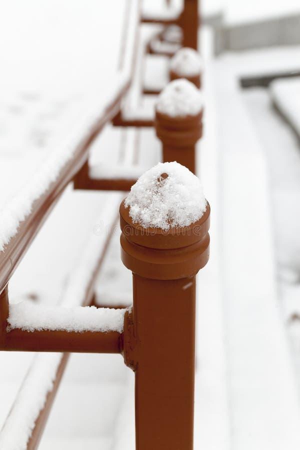 Inferriata del metallo, inverno fotografie stock