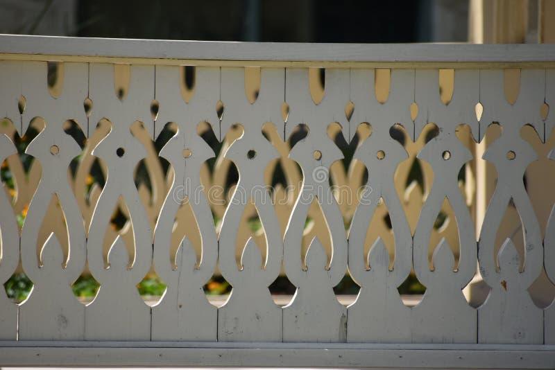 Inferriata del portico del taglio di vittoriano immagine stock