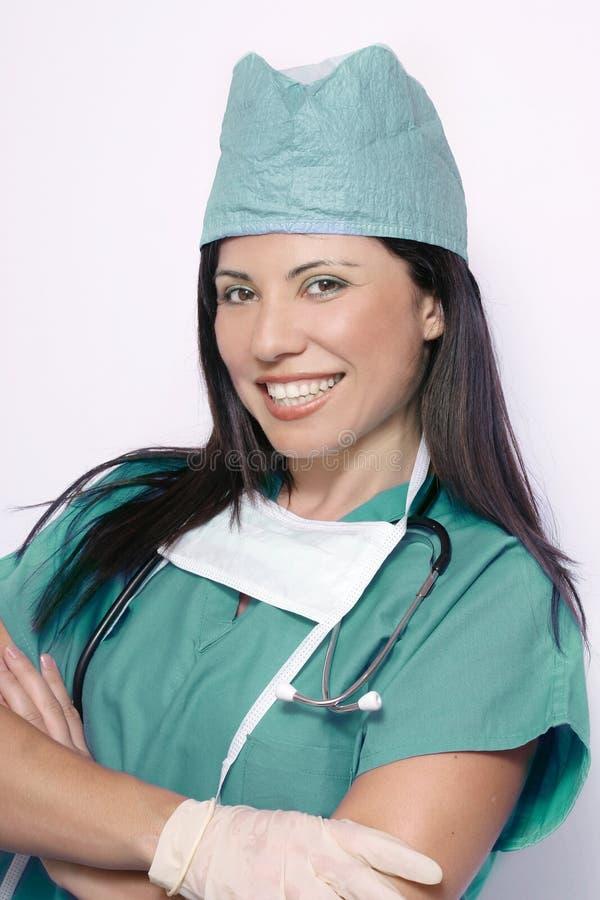 Infirmière ou chirurgien dans l'uniforme de sarcelle d'hiver photos libres de droits