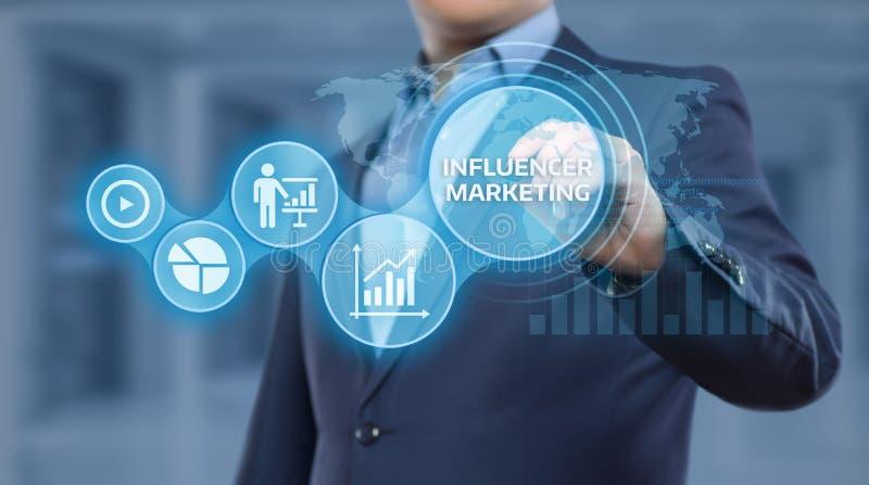 Influencer Marketingowego planu Biznesowej sieci strategii Ogólnospołeczny Medialny pojęcie zdjęcia royalty free