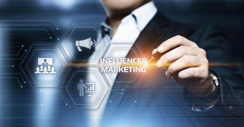Influencer Marketingowego planu Biznesowej sieci strategii Ogólnospołeczny Medialny pojęcie fotografia royalty free