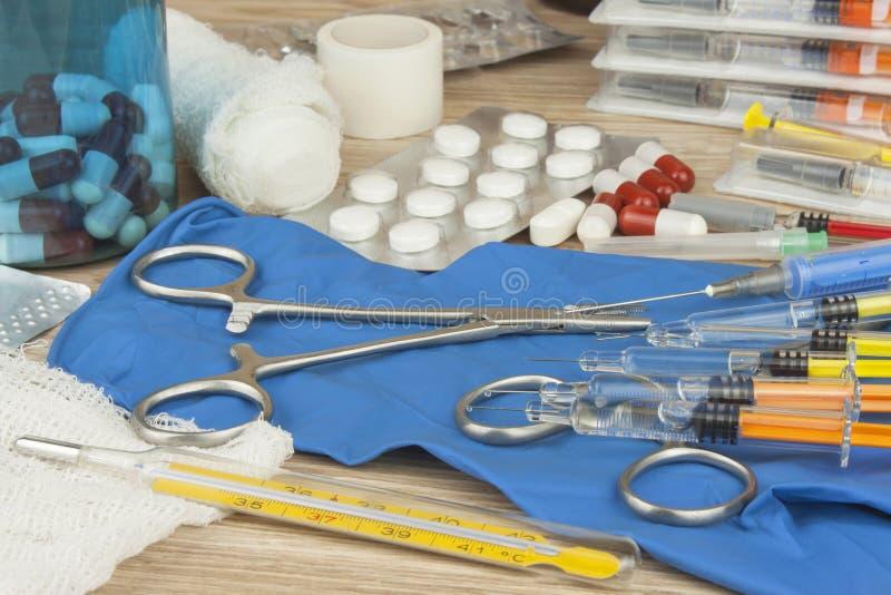 Influensaepidemi Vaccinering mot influensaepidemi royaltyfri fotografi