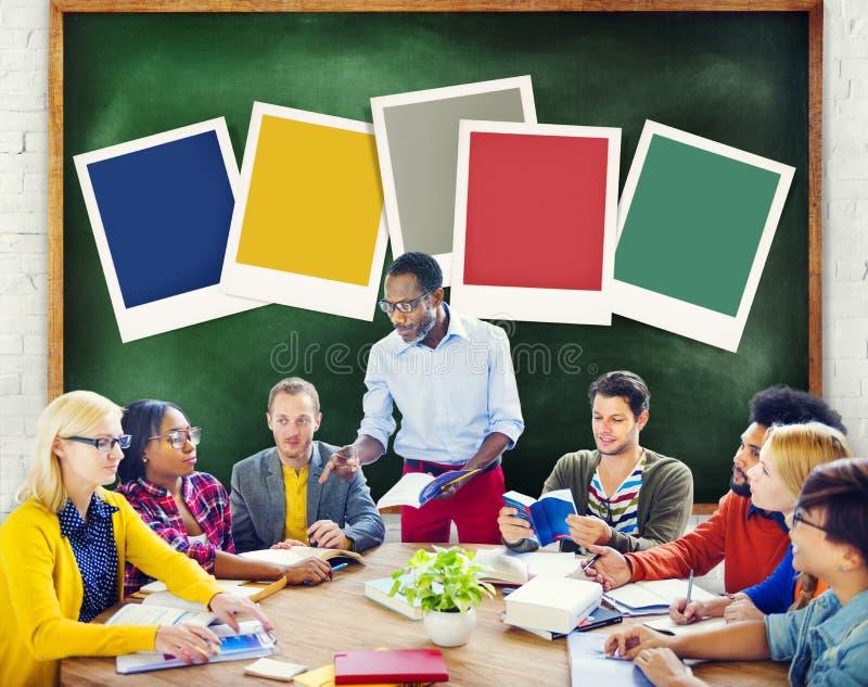 Informação de aprendizagem grande dos dados da diversidade que estuda o conceito imagem de stock
