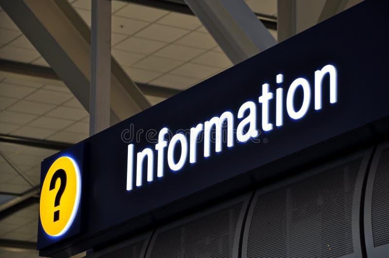 Informação do sinal do aeroporto fotos de stock