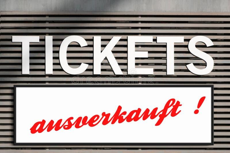 Información agotada de los boletos en la muestra del quiosco del boleto imágenes de archivo libres de regalías