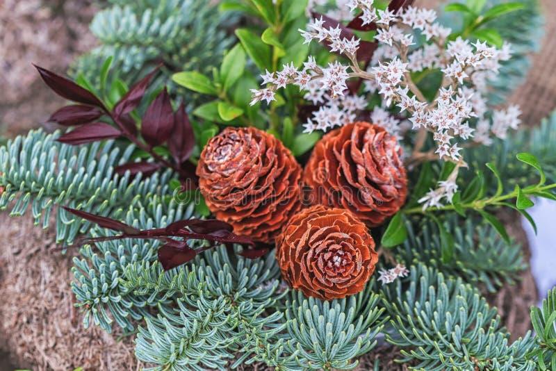 Informant en kronen van bloemen, Al concept van de Heiligendag royalty-vrije stock foto's