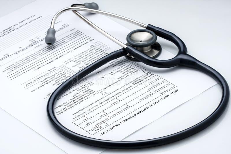 Information om patient för fysisk undersökning för stetoskop royaltyfria bilder