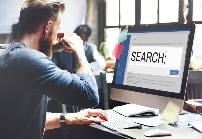 Information SEO Concept om sökandeinternetbläddrande royaltyfria foton