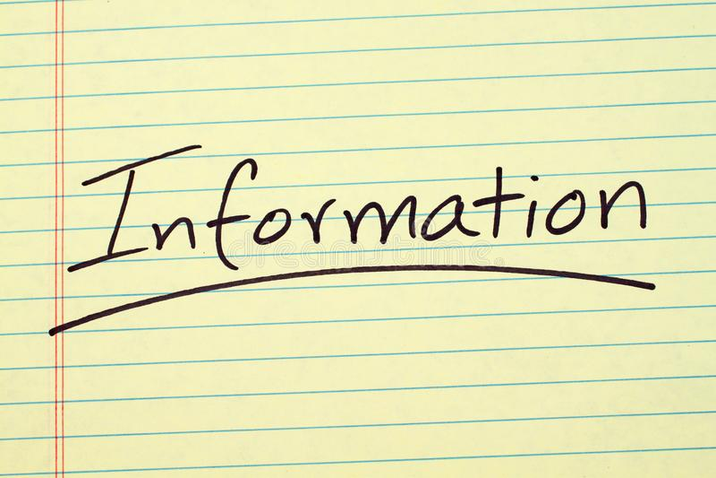 Informazioni su un blocco note giallo fotografie stock
