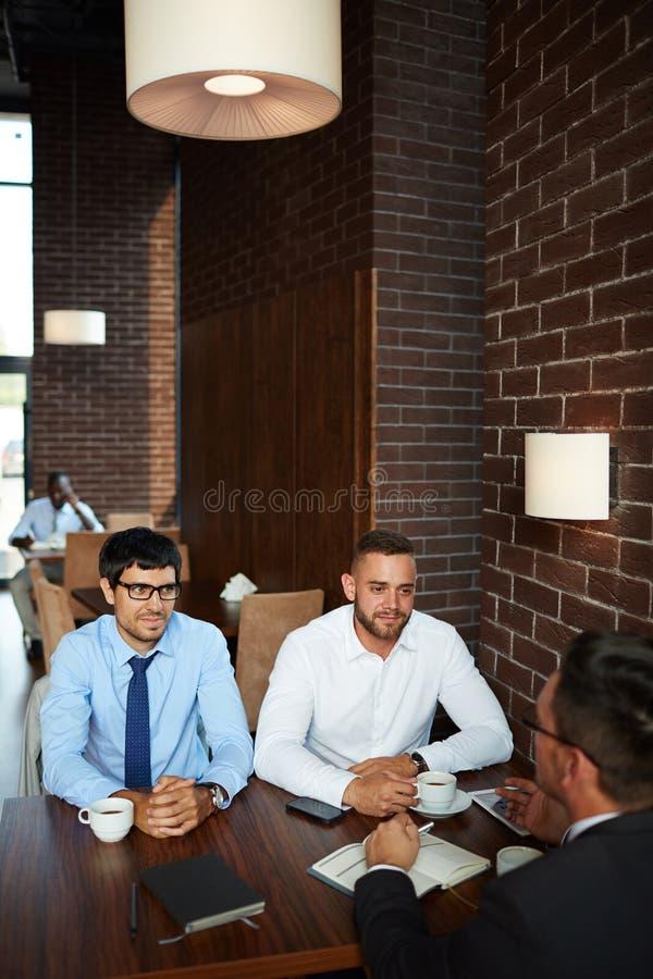 Informele Vergadering bij Restaurant royalty-vrije stock foto