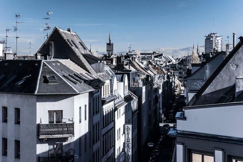 Infraröd sikt för Strasbourg gata, cityscape fotografering för bildbyråer