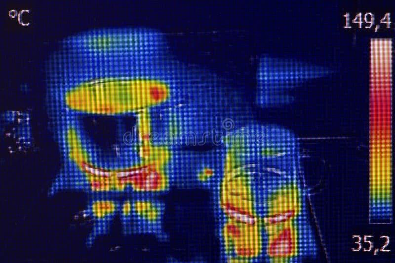 Infrarood thermovisionbeeld die het koken tonen royalty-vrije stock foto's