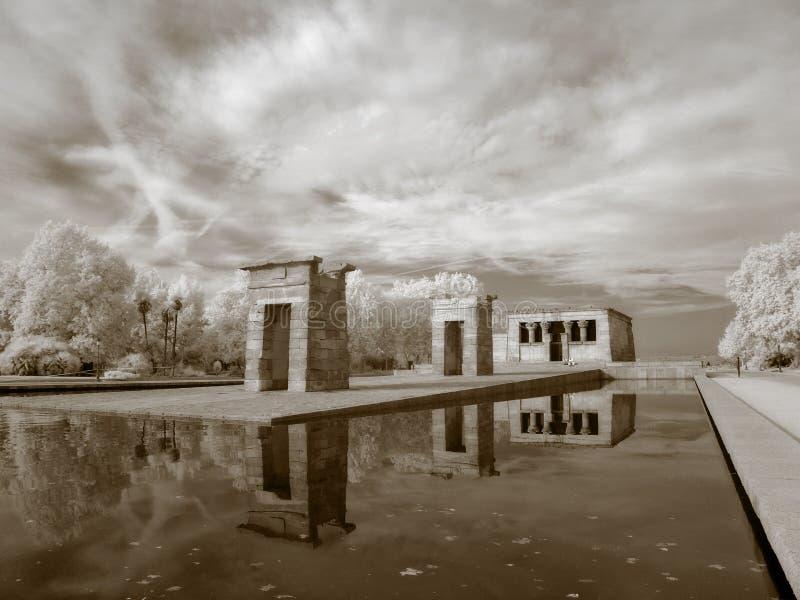 Infrarouge de temple de Debod photo stock