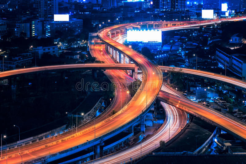 Infrastructure d'autoroute urbaine pour le transport photo stock