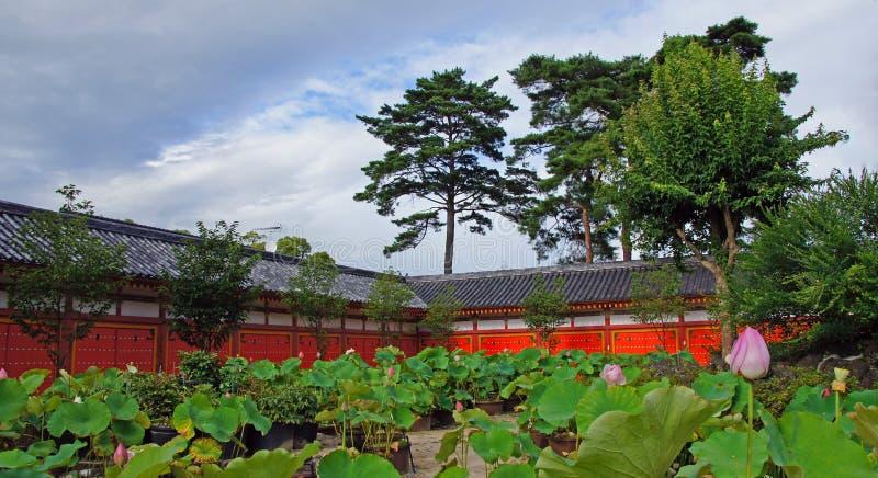 Ingång av Kosanji Temple i Japan royaltyfria bilder