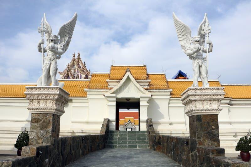 Ingång av tempelet royaltyfri fotografi