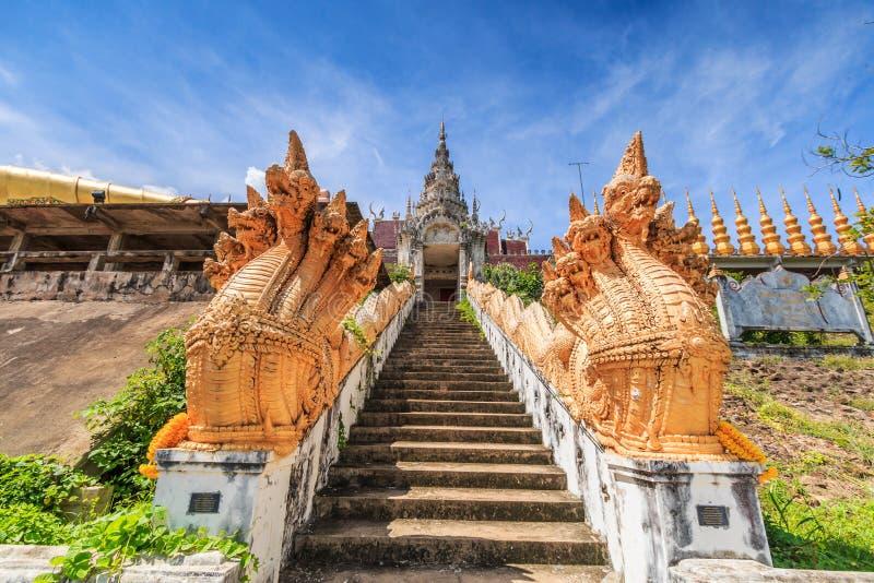 Ingång av Wat Phra Mongkol Kiri, Thailand arkivfoton