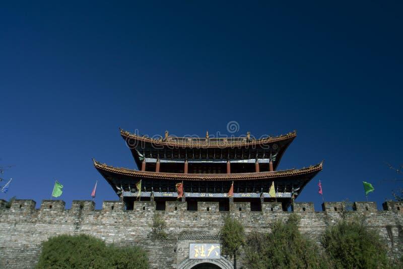 ingång för porslinstadsdali till yunnan arkivbilder