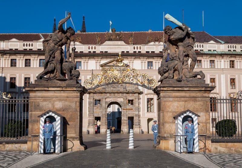 Ingång för Prague slott, Matthias Gate royaltyfria foton