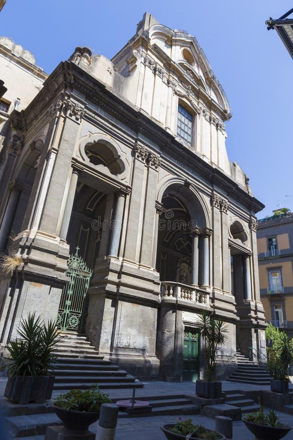 Ingång i den San Giuseppe deiRuffi kyrkan arkivbild