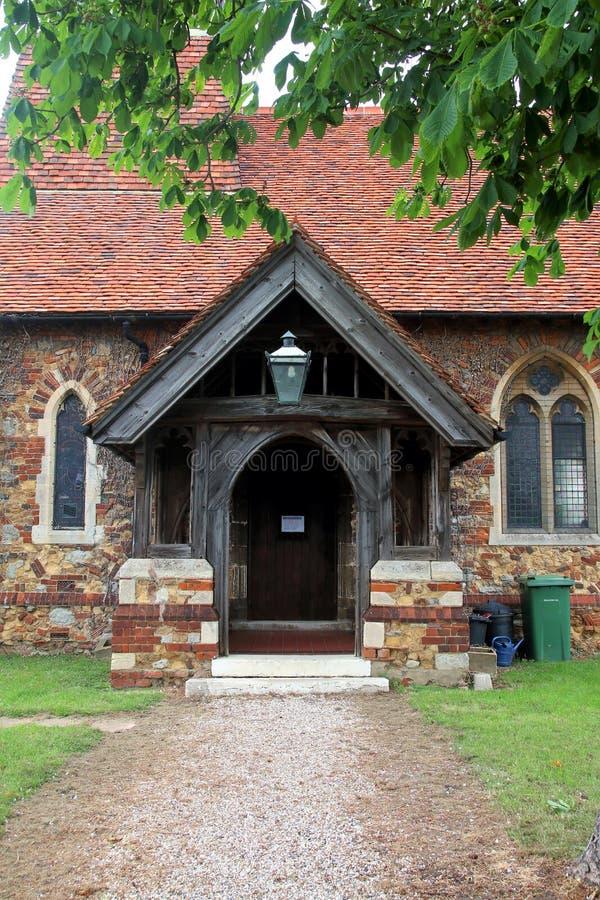 Ingång till den helgonLawrence kyrkan i kyrktorn arkivbilder