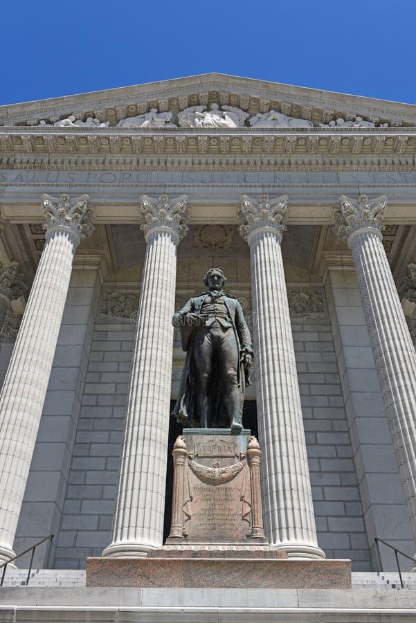 Ingång till den Missouri Kapitolium royaltyfri foto