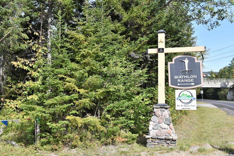 Ingång till det olympic biathlonområdetecknet Lake Placid USA royaltyfri fotografi