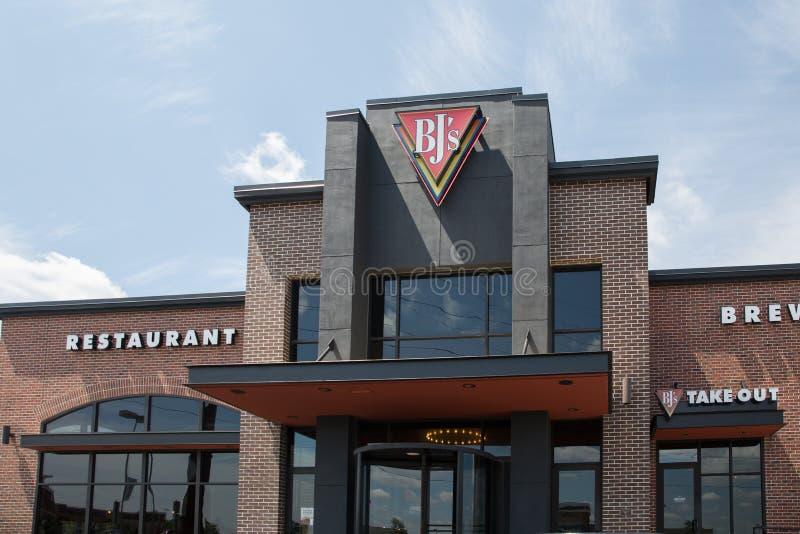 Ingång till framdelen för restaurang för Brewhouse för BJ-` s royaltyfria bilder
