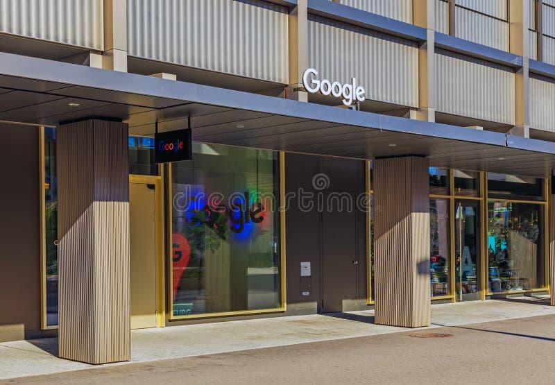 Ingång till kontoret av det Google företaget i Zurich, Switzerl royaltyfri foto