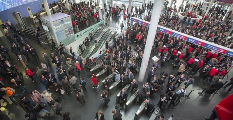 Ingång till världsmobilkongressen royaltyfri bild