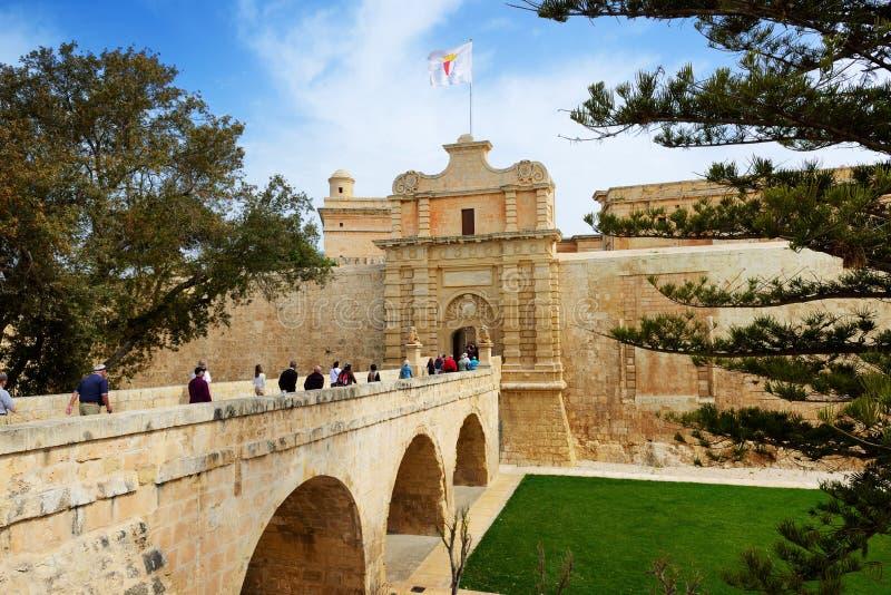 Ingången i den Medival Mdina staden royaltyfri bild