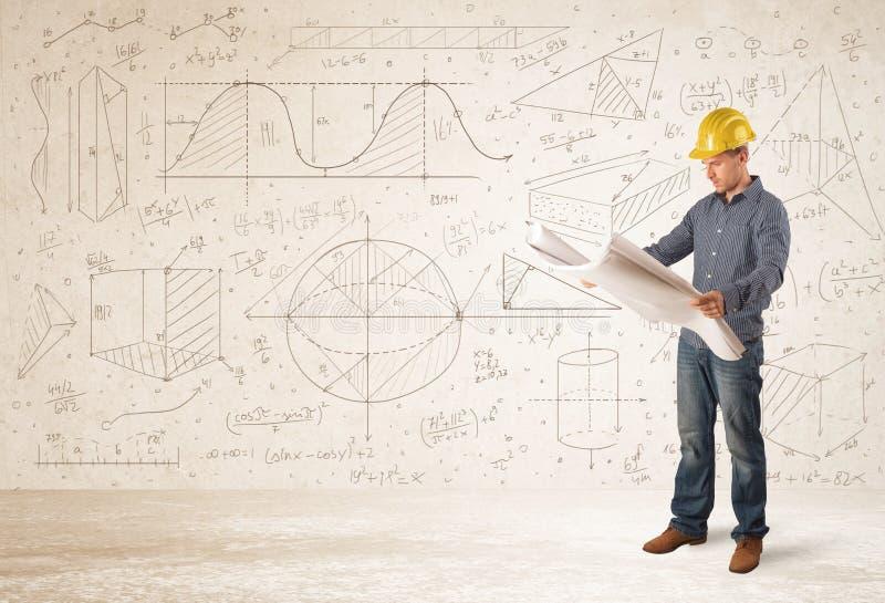 Ingénieur bel calculant avec le fond tiré par la main photographie stock libre de droits