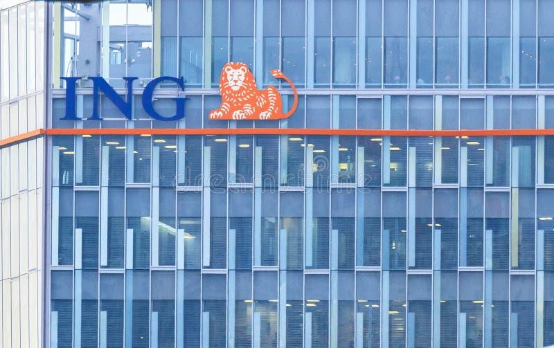ING-bankhögkvarter royaltyfri fotografi