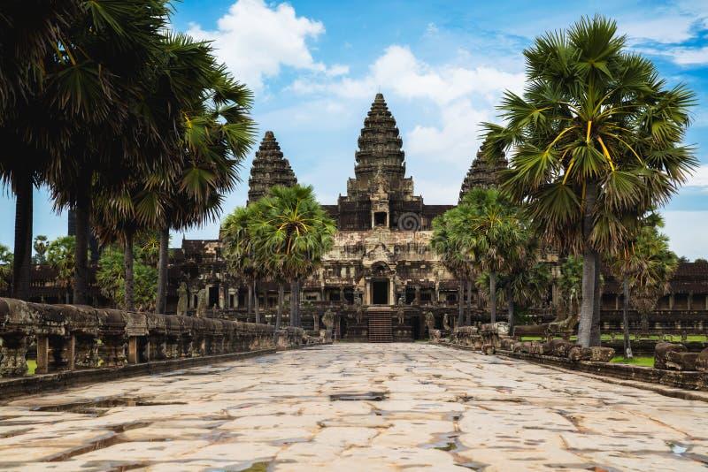 Ingang aan Angkor Wat stock afbeelding