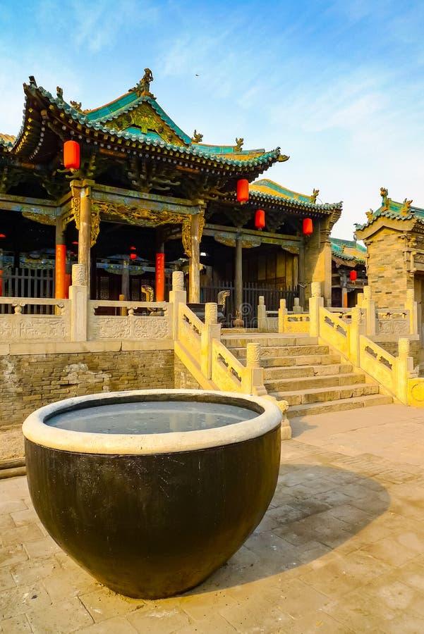Ingang aan een tempel in Pingyao stock fotografie