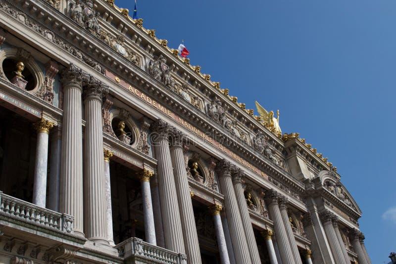 Ingang aan Palais Garnier - Academie Nationale DE Muisque - de Opera Frankrijk van Parijs stock fotografie