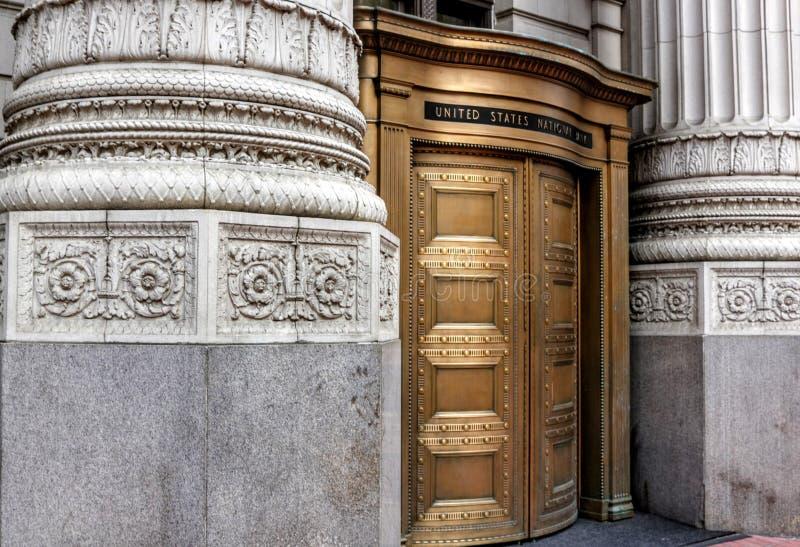 Ingang in de Verenigde Staten National Bank in Portland van de binnenstad, Oregon royalty-vrije stock afbeelding